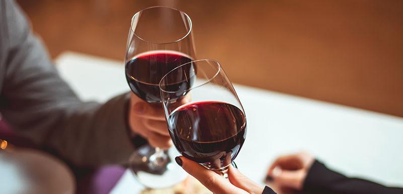 Oaks Rivermarque Bar & Grill Wine