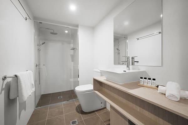 Oaks Toowoomba Hotel Hotel Executive Room Bathroom