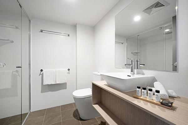 Oaks Toowoomba Hotel Three Bedroom Dual Key