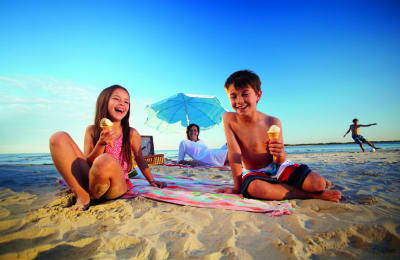 Sunshine Coast rated as top travel spot for Australian families