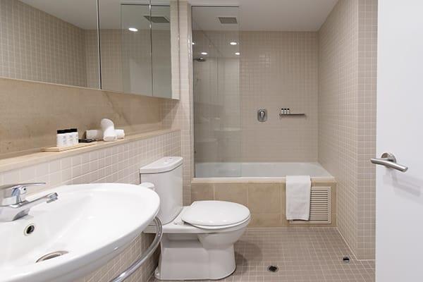 Oaks Glenelg Plaza Pier Suites 1 Bedroom Premier Ocean View Bathroom