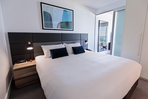 Oaks Glenelg Plaza Pier Suites 1 Bedroom Premier Ocean View Bedroom