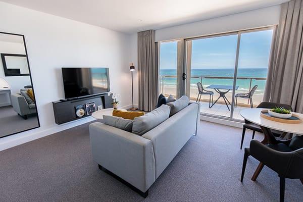 Oaks Glenelg Plaza Pier Suites 1 Bedroom Premier Ocean View Living