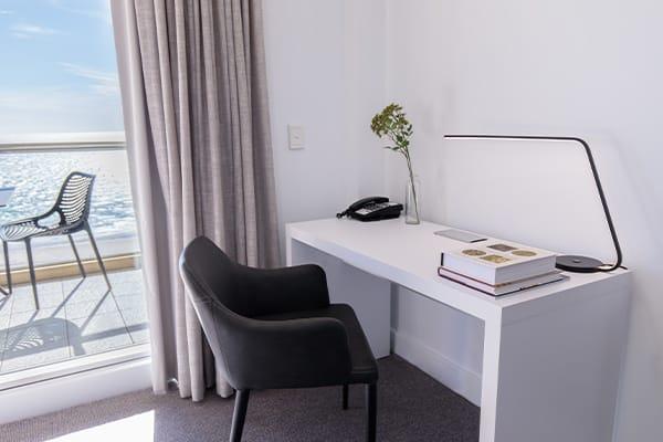Oaks Glenelg Plaza Pier Suites 2 Bedroom Premier Ocean View Study