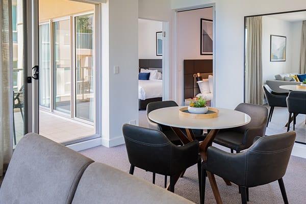Oaks Glenelg Plaza Pier Suites 2 Bedroom Premier Park view Dining