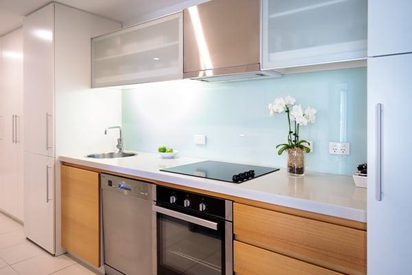 Oaks Glenelg Plaza Pier Suites 2 Bedroom Premier Park view Kitchen