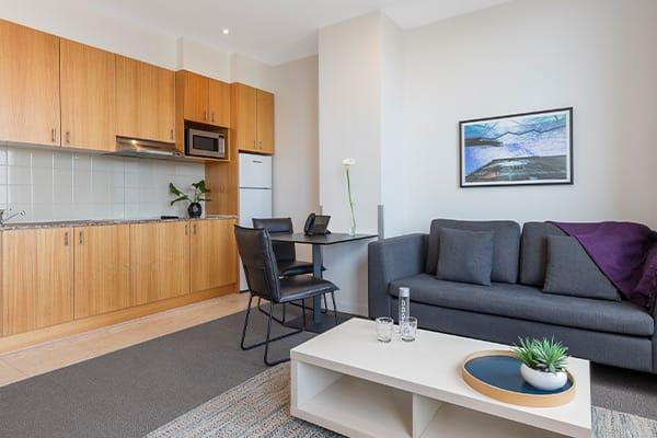 Oaks Melbourne on Market Hotel 1 Bedroom Premium Living Room