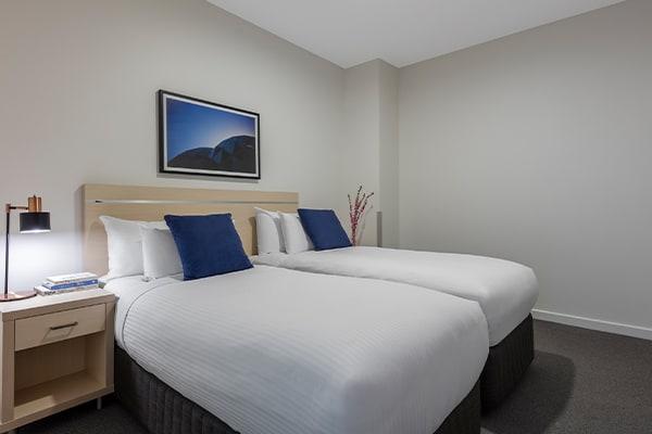 Oaks Melbourne on Market Hotel 2 Bedroom Premium Bedroom
