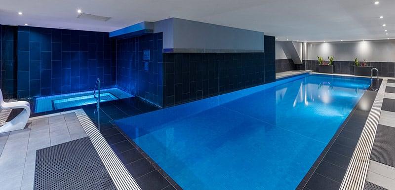 Oaks on Market indoor pool Melbourne hotel
