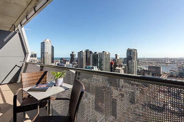 Oaks Melbourne on William Suites 2 Bedroom Executive Balcony View