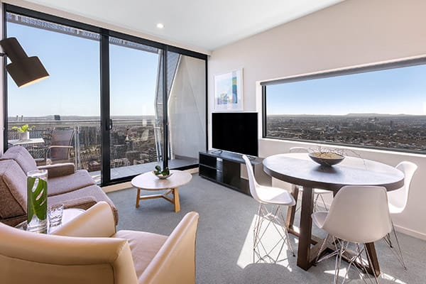 Oaks Melbourne on William Suites 2 Bedroom Executive Living Room
