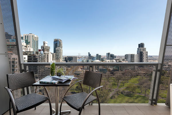 Oaks Melbourne on William Suites Studio Park Deluxe Balcony