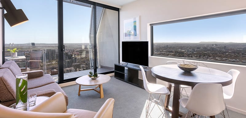 Oaks Melbourne on William Suites Living