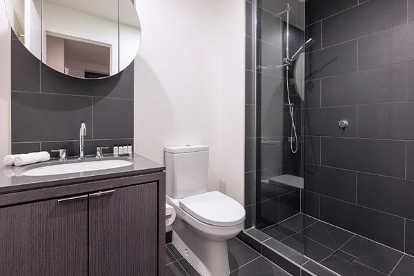 Oaks WRAP on Southbank 1 Bedroom Deluxe Bathroom