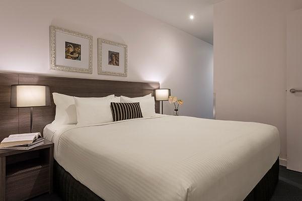 Oaks WRAP on Southbank 1 Bedroom Deluxe Bedroom