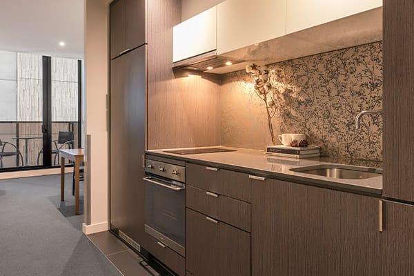 Oaks WRAP on Southbank 1 Bedroom Deluxe Kitchen