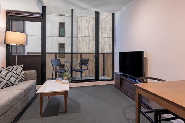 Oaks WRAP on Southbank 1 Bedroom Deluxe Living