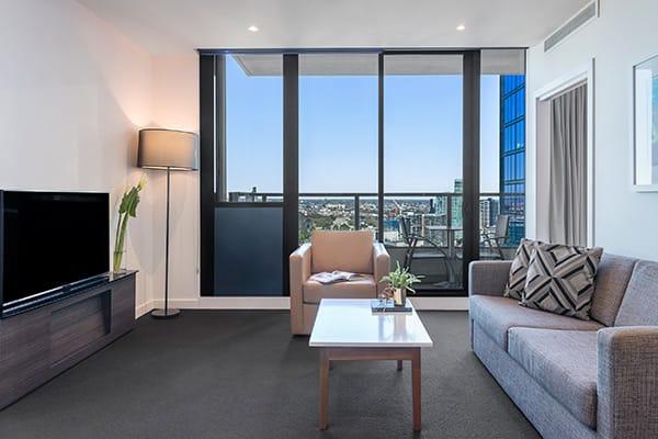 Oaks WRAP on Southbank 2 Bedroom Living