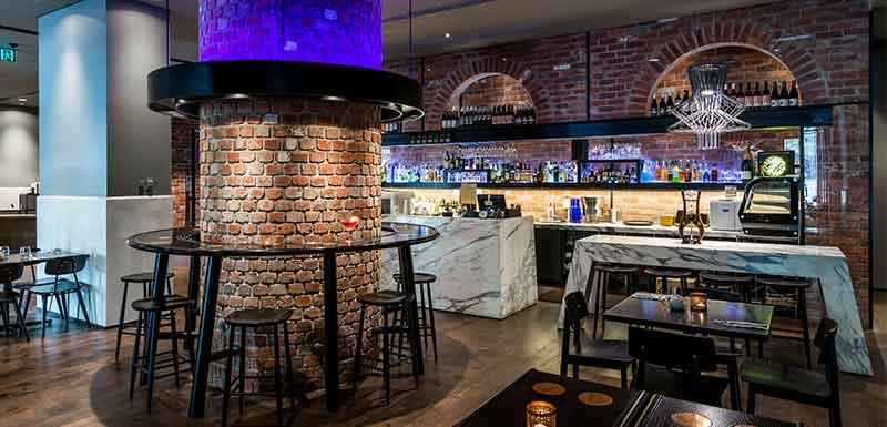 Dee Casa bar area on oaks wrap on southbank