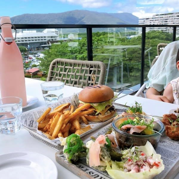This Fathers Day whisk dad away for dining specials at Oaks Hotels, Resorts and Suites