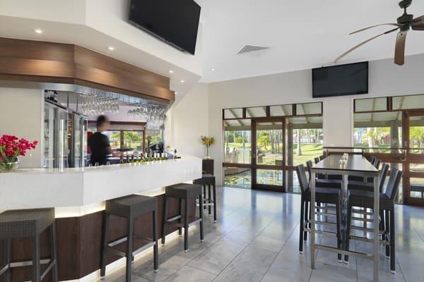 Oaks Oasis Restaurant