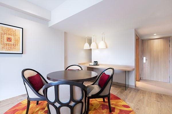 Oaks Bodhgaya India - Suite - Dining Area