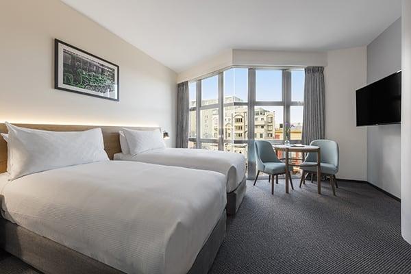Oaks Wellington Hotel 2 Bedroom City View Bedroom